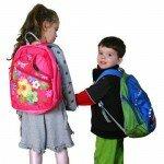 Школьный рюкзак «на вырост»: чем он опасен?